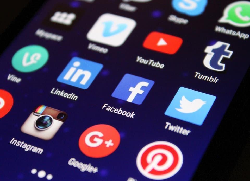 Mensagens enviadas por um app podem ser lidas por outro