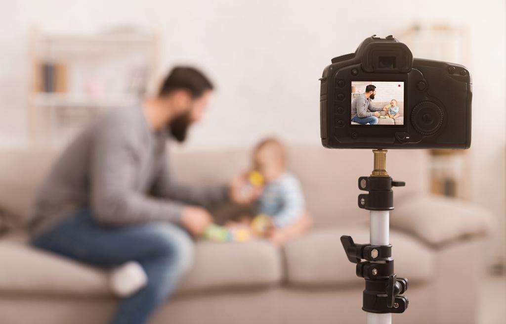 Registrar as memórias de um filho é ser um pai digital.